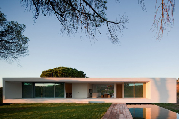 10-modern-houses-with-integrated-pools-10