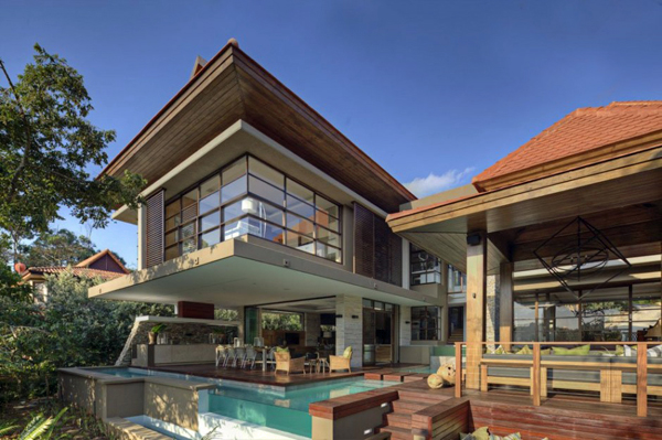 10-modern-houses-with-integrated-pools-5