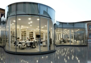 An Italian Library That Floats on the Water - top, library, design, architecture, amazing