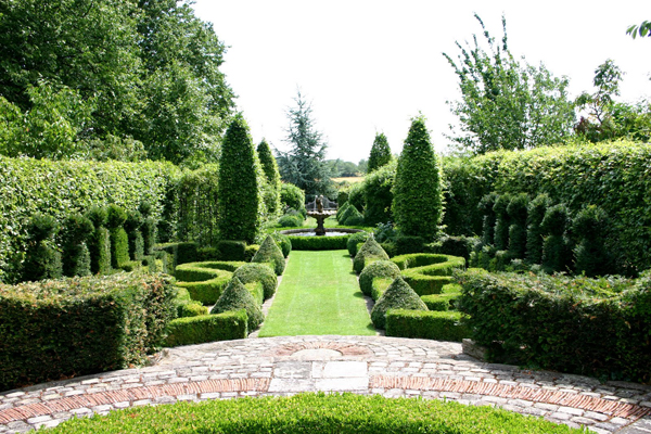 Landscape design french garden style motivation for Garden design history
