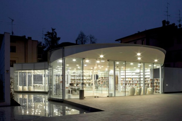 An Italian Library That Floats on the Water