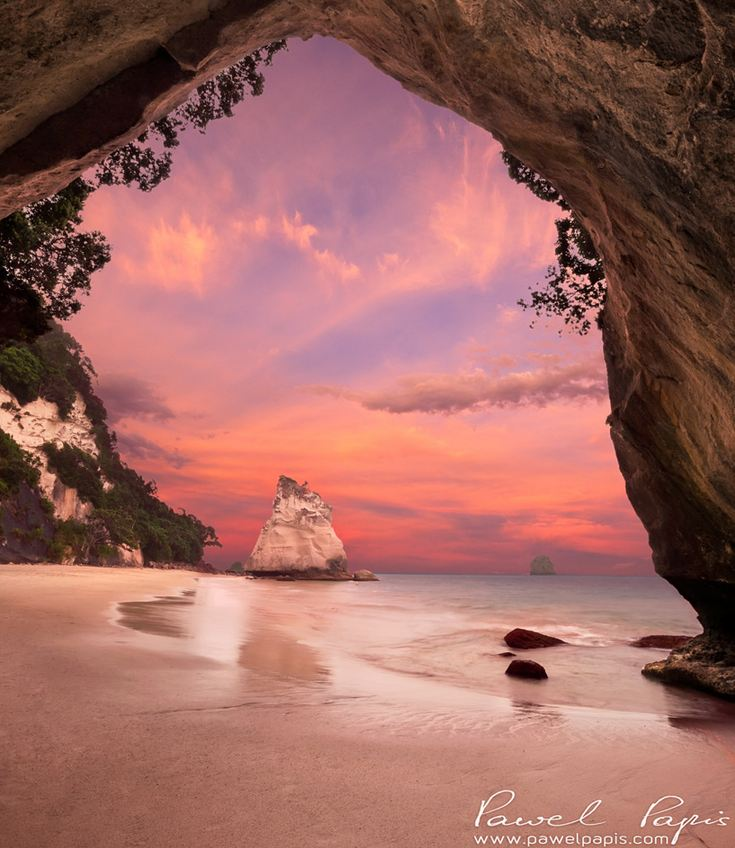 Cathedral Cove New Zealand Style Motivation