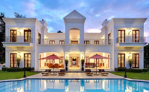 25 dream houses style motivation for Beautiful rich houses