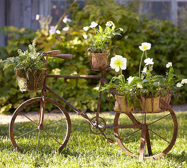 Turn Old Bike into a Original Decoration for your Garden