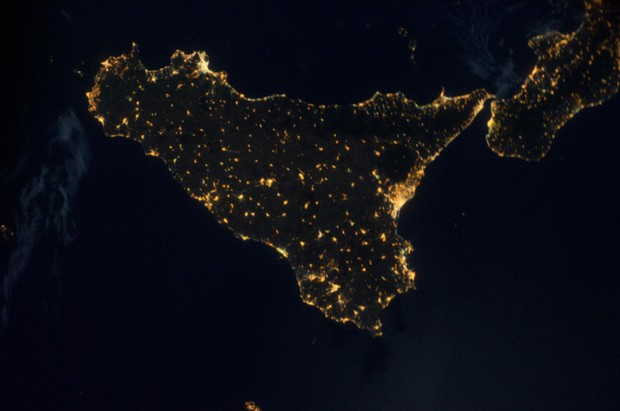 x 11 from space nasa earth at night - photo #44