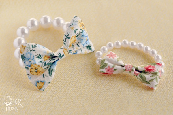 Pearl-and-Bow-Bracelet