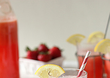 Sparkling Strawberry Lemonade - Strawberry Lemonade, strawberry, lemonade, beverage