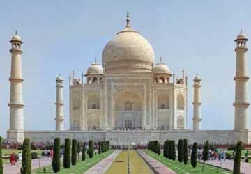 10 Famous Buildings That You Must See - world, famous, buildings, amazing