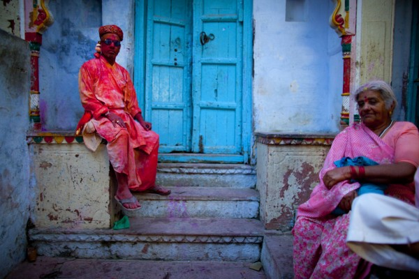 The-colors-of-India-are-captured-both-in-traditional-dress-and-in-Holi-enfused-dress-near-the-the-Banke-Bihari-Temple-in-Vrindavan-on-March-21.-Majid-SaeediGetty