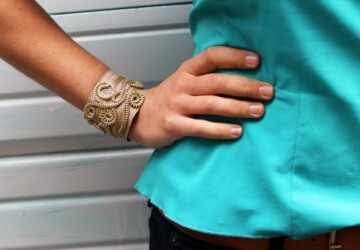 5 Ways To Turn Zippers Into Awesome Arm Candy - zippers, diy, crafts, bracelet