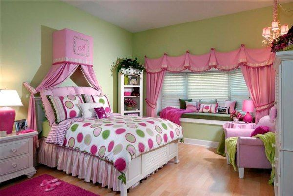 room-for-teens-girl-pink-picture2