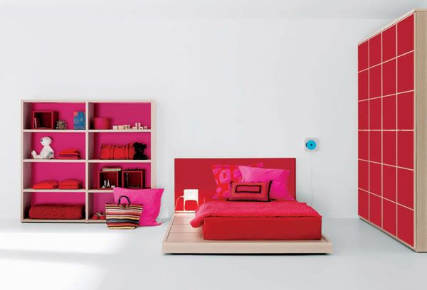 room-for-teens-girl-red-picture
