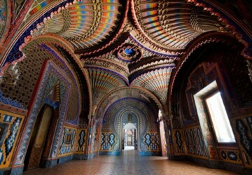 Italian Peacock Room In Tuscany -