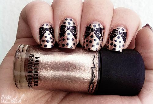 Nails-with-bows-11