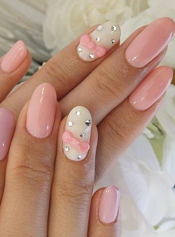 Nails-with-bows-15