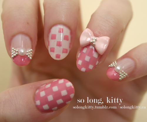 Nails-with-bows-18