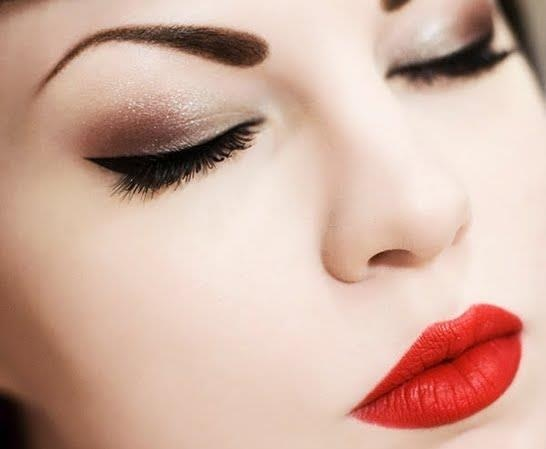 25 Glamorous Makeup Ideas With Red Lipstick Style Motivation