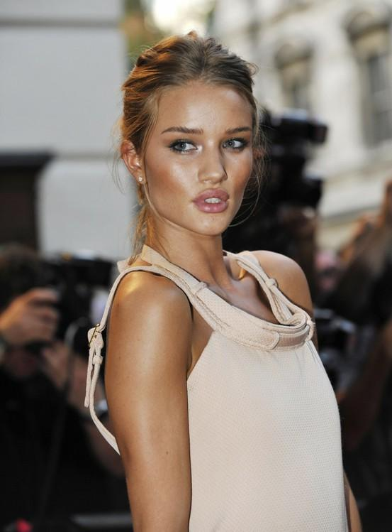 29 Photos of Tips and Gorgeous Makeup Ideas with Bronzer for The Summer (19)