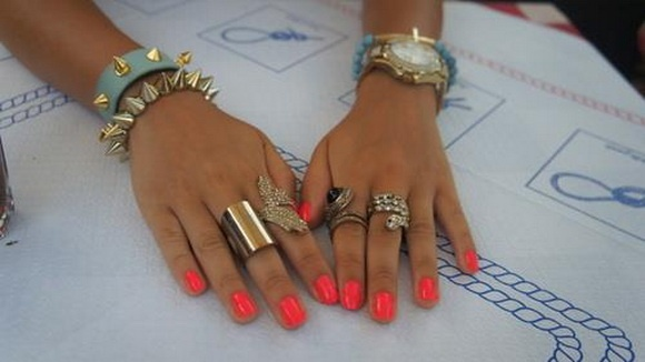 The Hottest Accessories Trends For Summer (31)