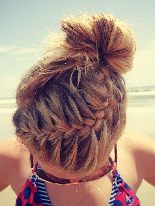 23 Gorgeous and Easy Beach Hairstyles (18)