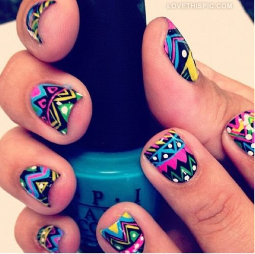 25 Cool Colorful Nail Art Ideas (15)