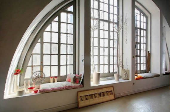 29 perfect relaxing spaces by the window (10)