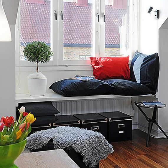 29 perfect relaxing spaces by the window (4)