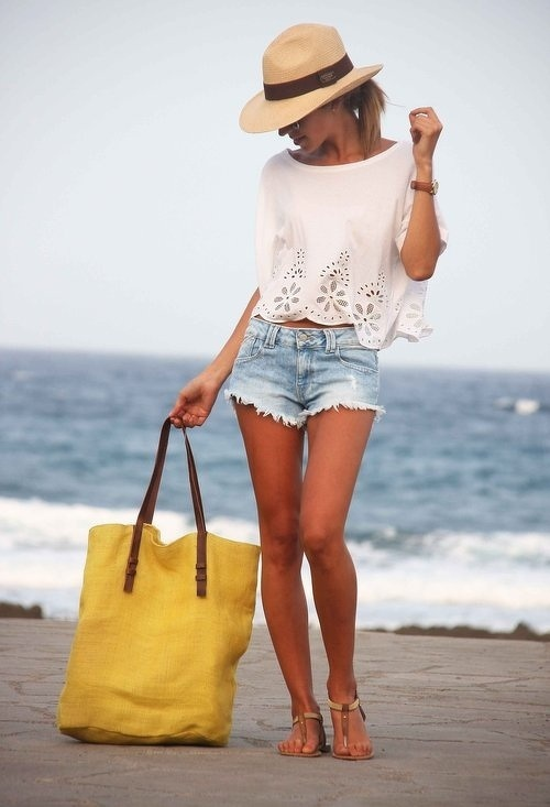 30 great beach outfit ideas and beach accessories (23)