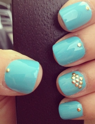 Nail art with rhinestones, gems, pearls and studs  (21)