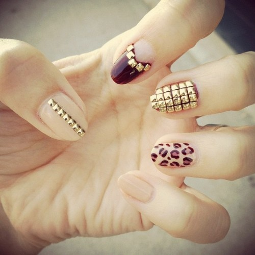 Nail art with rhinestones, gems, pearls and studs  (5)