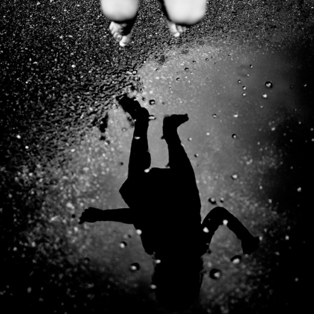 Powerful Black and White Photography by Benoit Courti
