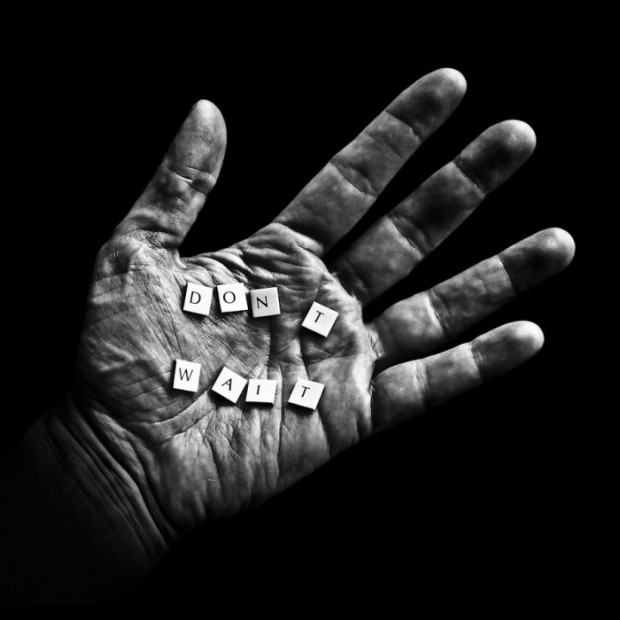 Powerful Black and White Photography by Benoit Courti (5)