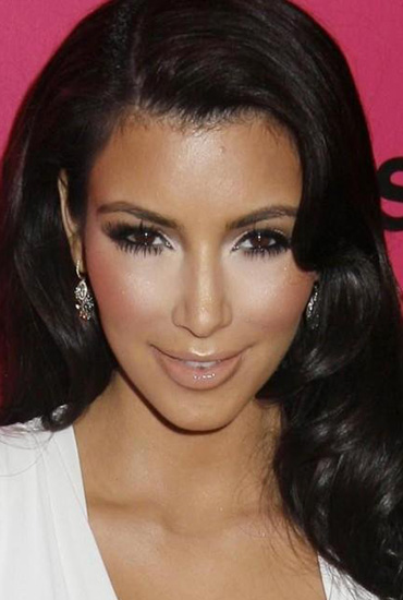 Top 20 Kim Kardashian Makeup Looks (10)