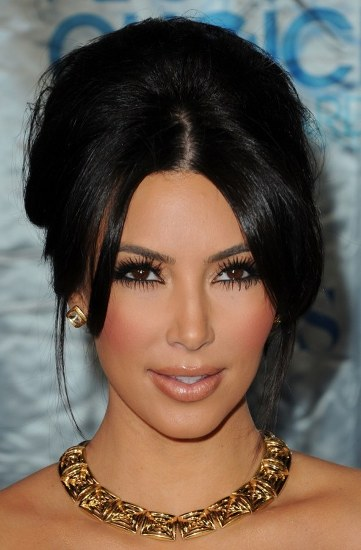 Top 20 Kim Kardashian Makeup Looks (11)
