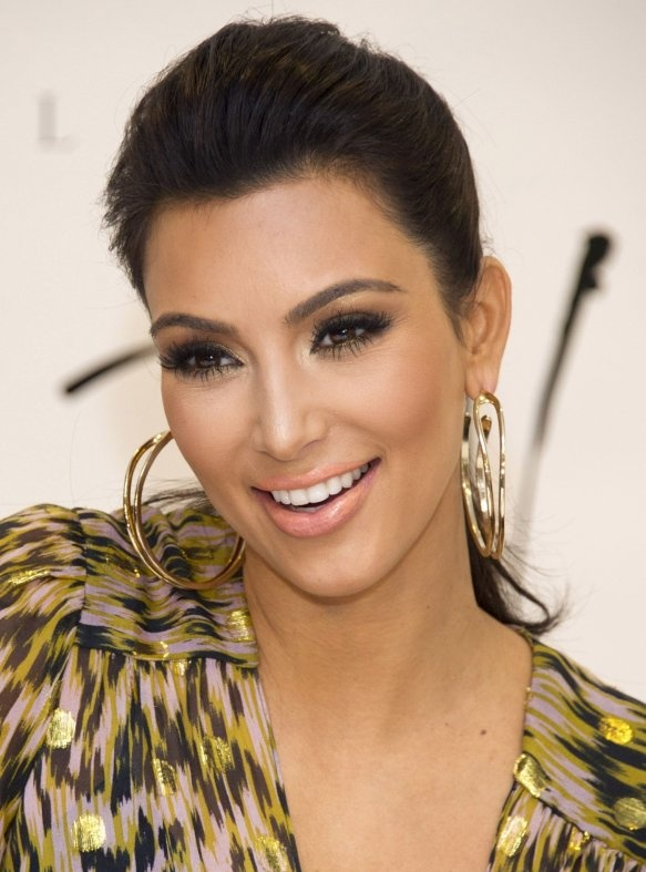 Top 20 Kim Kardashian Makeup Looks (7)