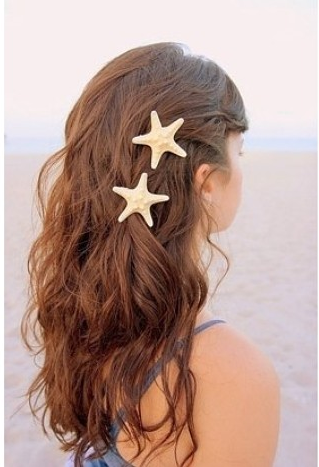 Beach Hairstyles 23 gorgeous and easy beach hairstyles 23 Gorgeous And Easy Beach Hairstyles
