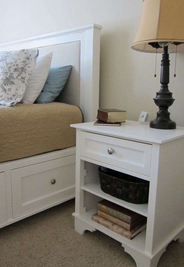 15 Awesome DIY Nightstand Ideas - Style Motivation