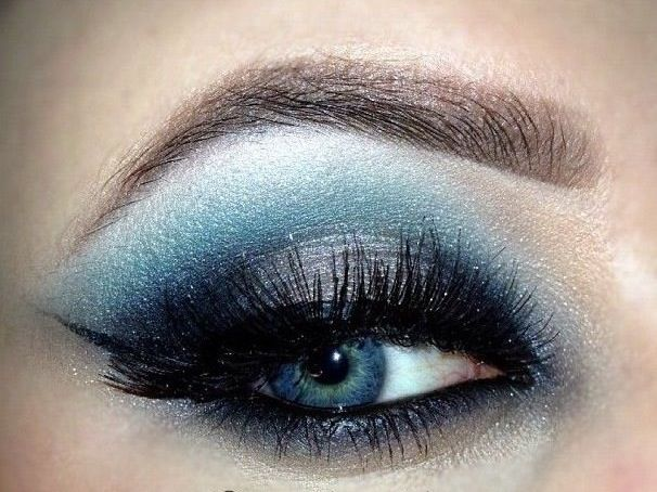 20 Gorgeous Makeup Ideas for Blue Eyes (1)