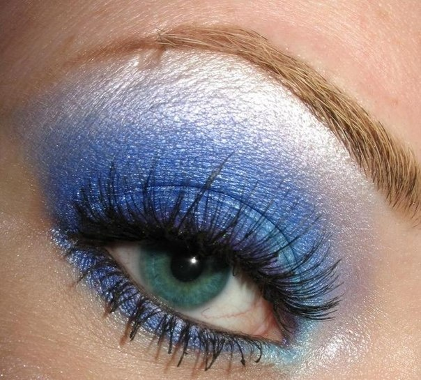 20 Gorgeous Makeup Ideas for Blue Eyes (12)