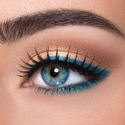 20 Gorgeous Makeup Ideas for Blue Eyes (13)