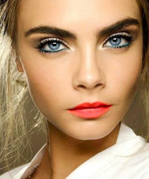 20 Gorgeous Makeup Ideas for Blue Eyes (8)