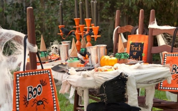 20 Great Halloween Table Decoration Ideas (20)