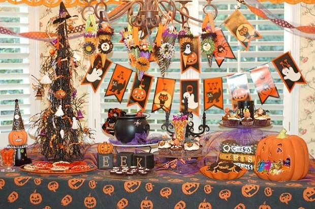 20 Great Halloween Table Decoration Ideas (5)