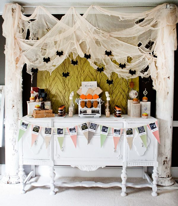 20 great halloween table decoration ideas - Halloween Table Decoration