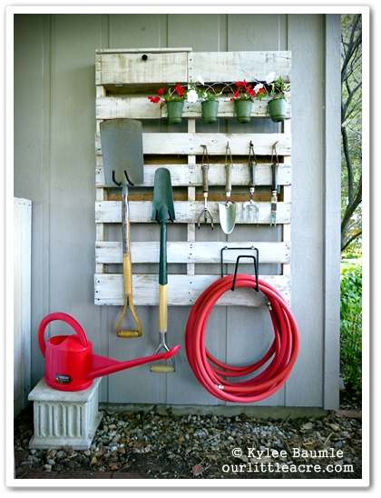 20 Useful and Easy DIY Garden Projects (16)
