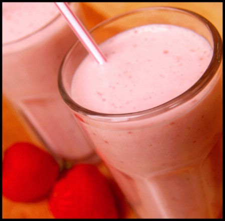 22 Easy and Healthy Fat Burning Smoothies (11)