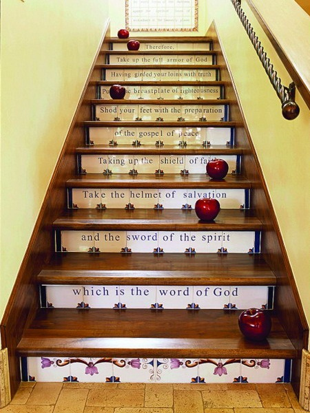 22 Great Stairs Decorating Ideas (13)