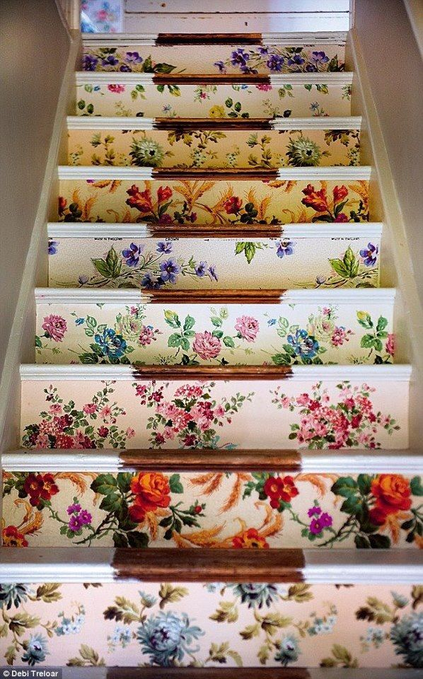 22 Great Stairs Decorating Ideas (8)