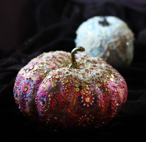 23 Amazing DIY Fall Decorations for Your Home (12)