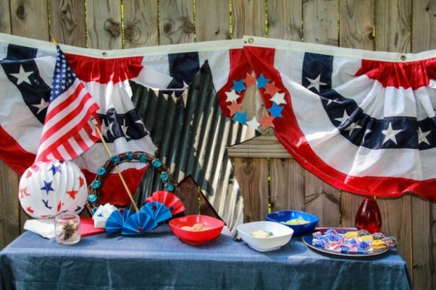 23 Amazing Labor Day Party Decoration Ideas (20)